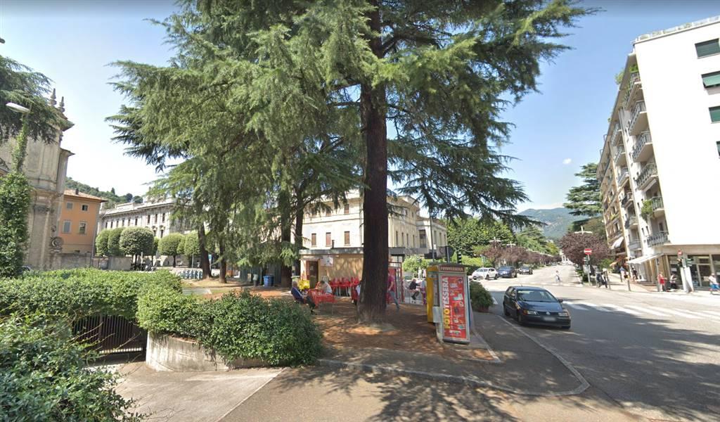 Box / Garage in affitto a Como, 1 locali, zona Località: CITTÀ MURATA/ LUNGOLAGO/ CENTRO, prezzo € 180 | CambioCasa.it