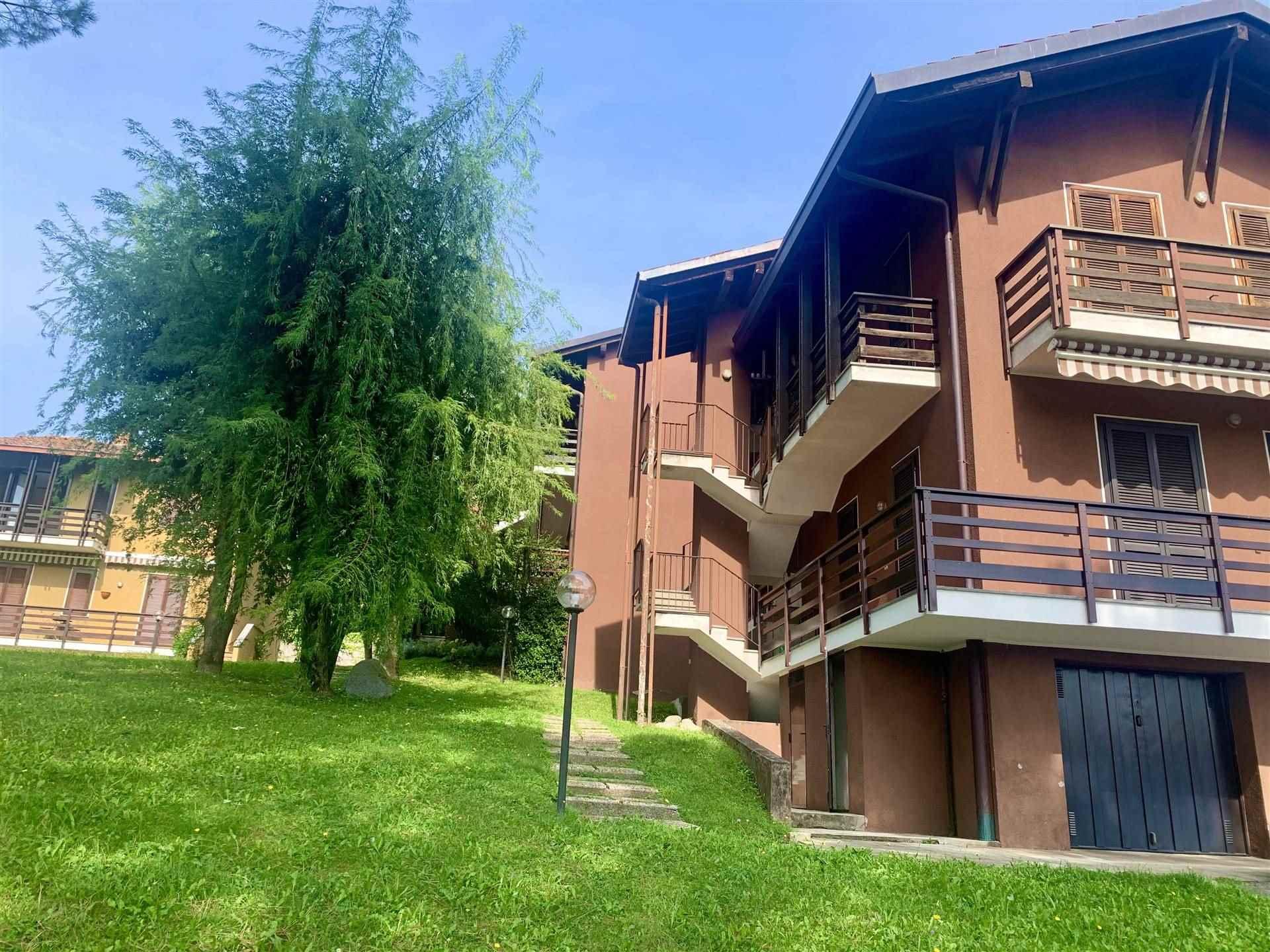 Appartamento in vendita a Albavilla, 2 locali, prezzo € 115.000 | PortaleAgenzieImmobiliari.it