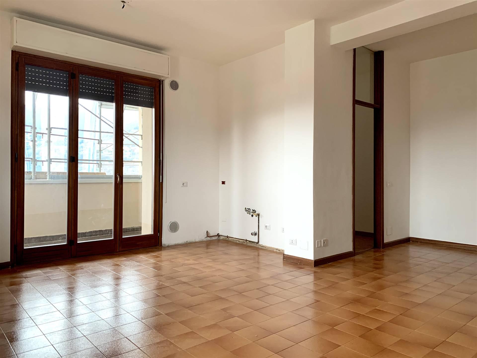 Appartamento in vendita a Lipomo, 3 locali, prezzo € 95.000 | PortaleAgenzieImmobiliari.it