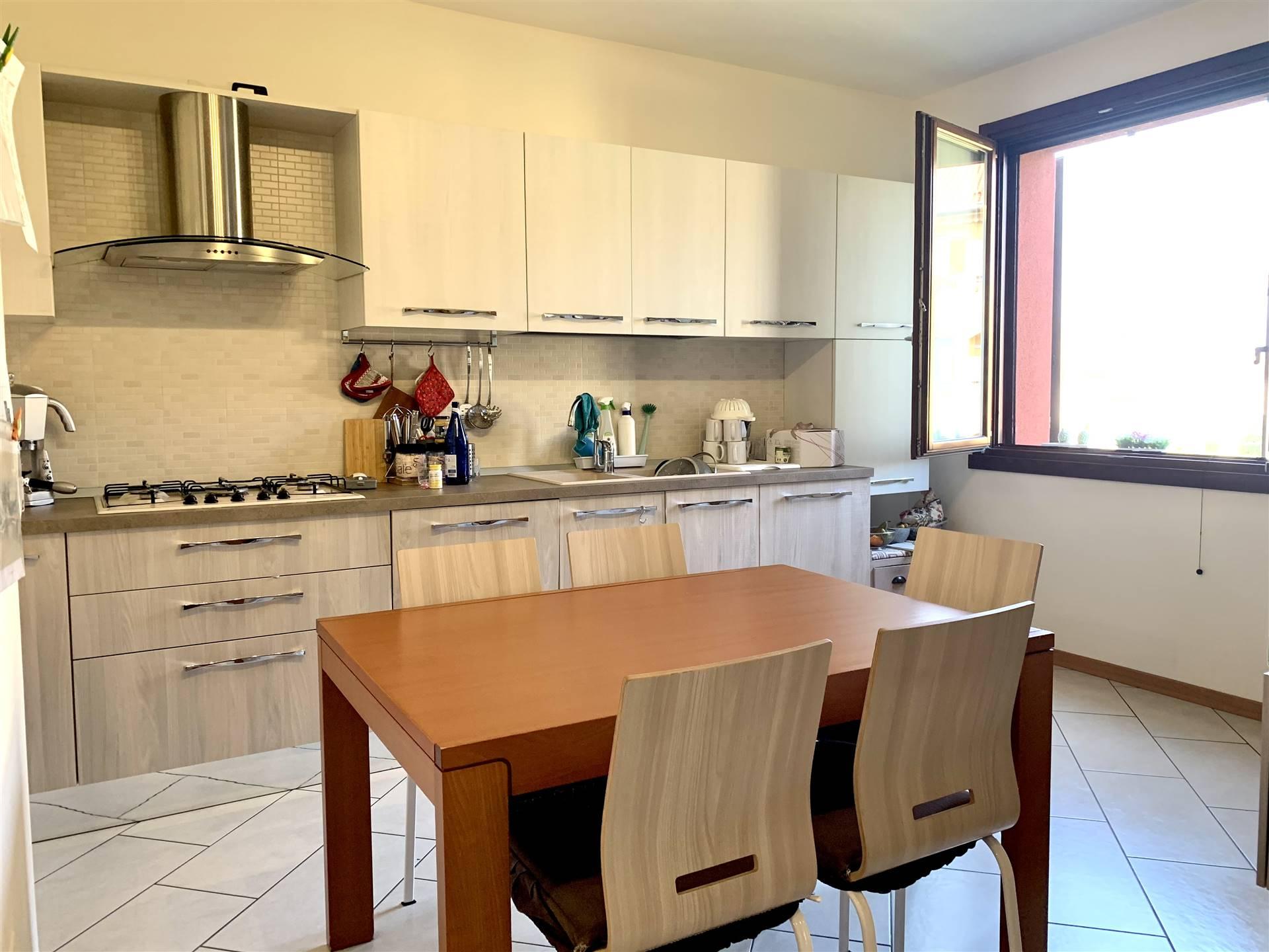 Appartamento in vendita a Merone, 4 locali, prezzo € 220.000 | PortaleAgenzieImmobiliari.it