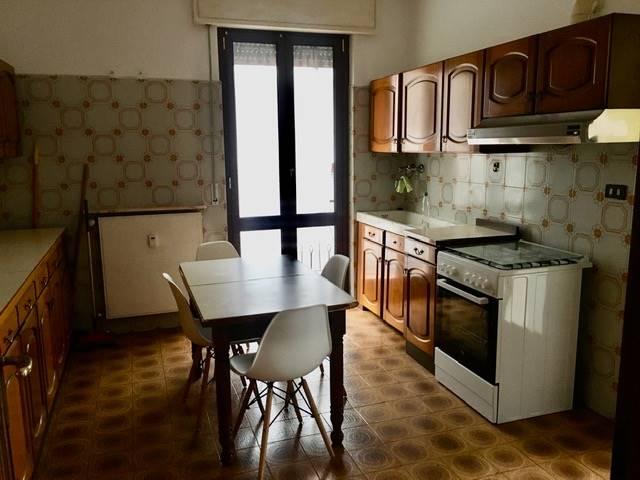 Appartamento in affitto a Avegno, 5 locali, zona ana, prezzo € 500 | PortaleAgenzieImmobiliari.it