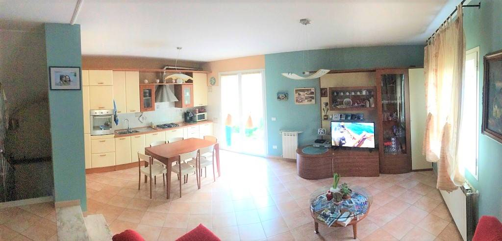 Casa semi indipendente, Ventimiglia, in ottime condizioni
