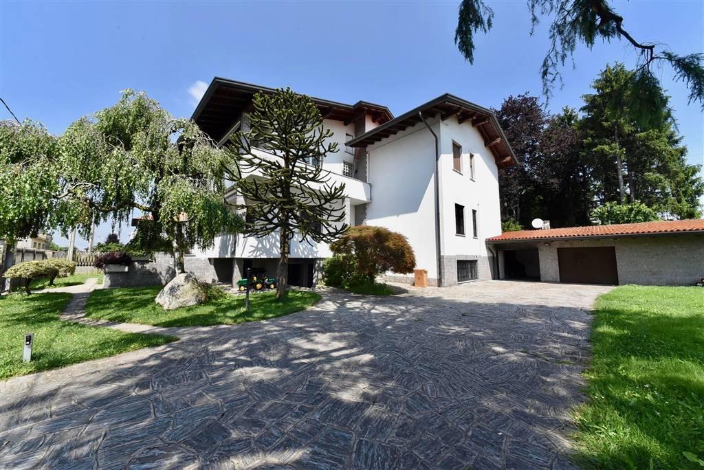 Appartamento indipendente in Via Matteotti 9, Rovello Porro