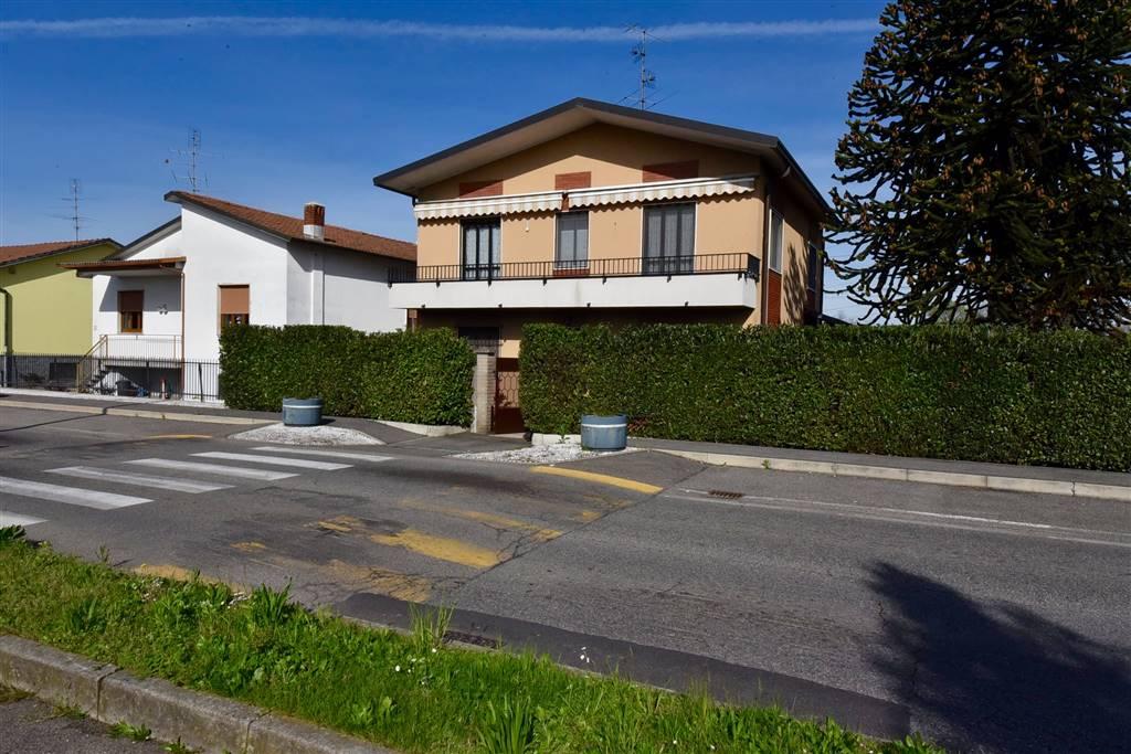 Villa in Via Padovan  20, Misinto
