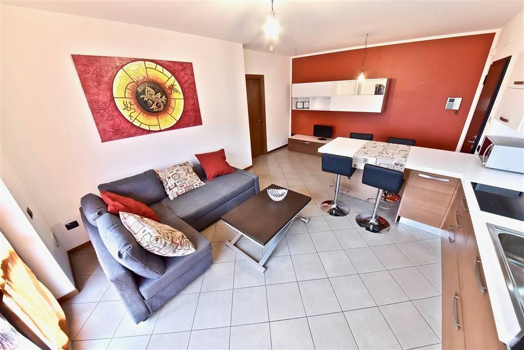 Appartamento in vendita a Misinto, 3 locali, prezzo € 179.000 | CambioCasa.it