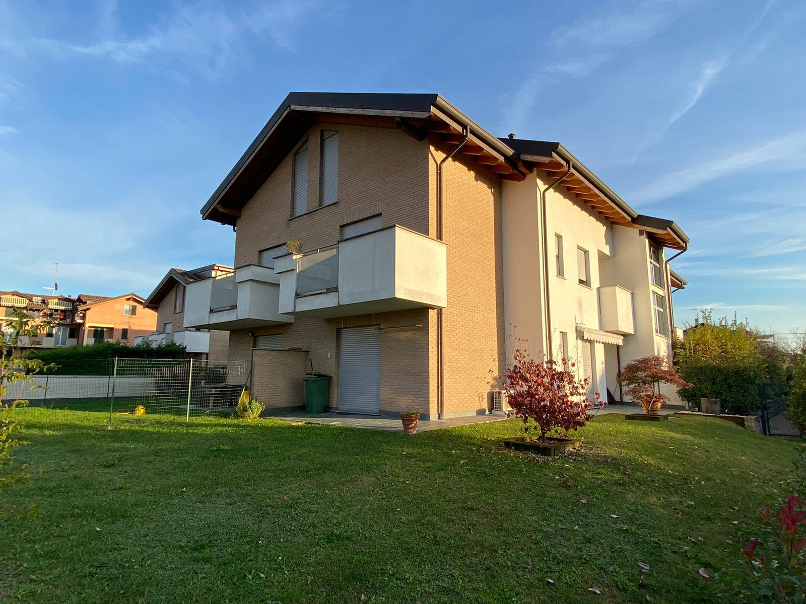 Appartamento in vendita a Misinto, 2 locali, prezzo € 119.000   CambioCasa.it