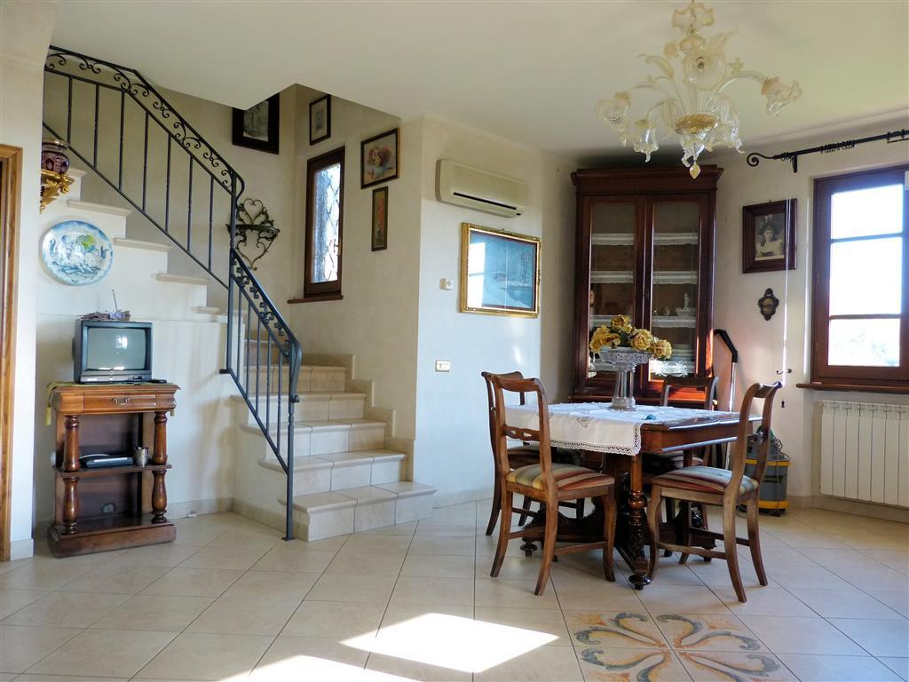 Case Piano Di Mommio - Massarosa in vendita e in affitto ...