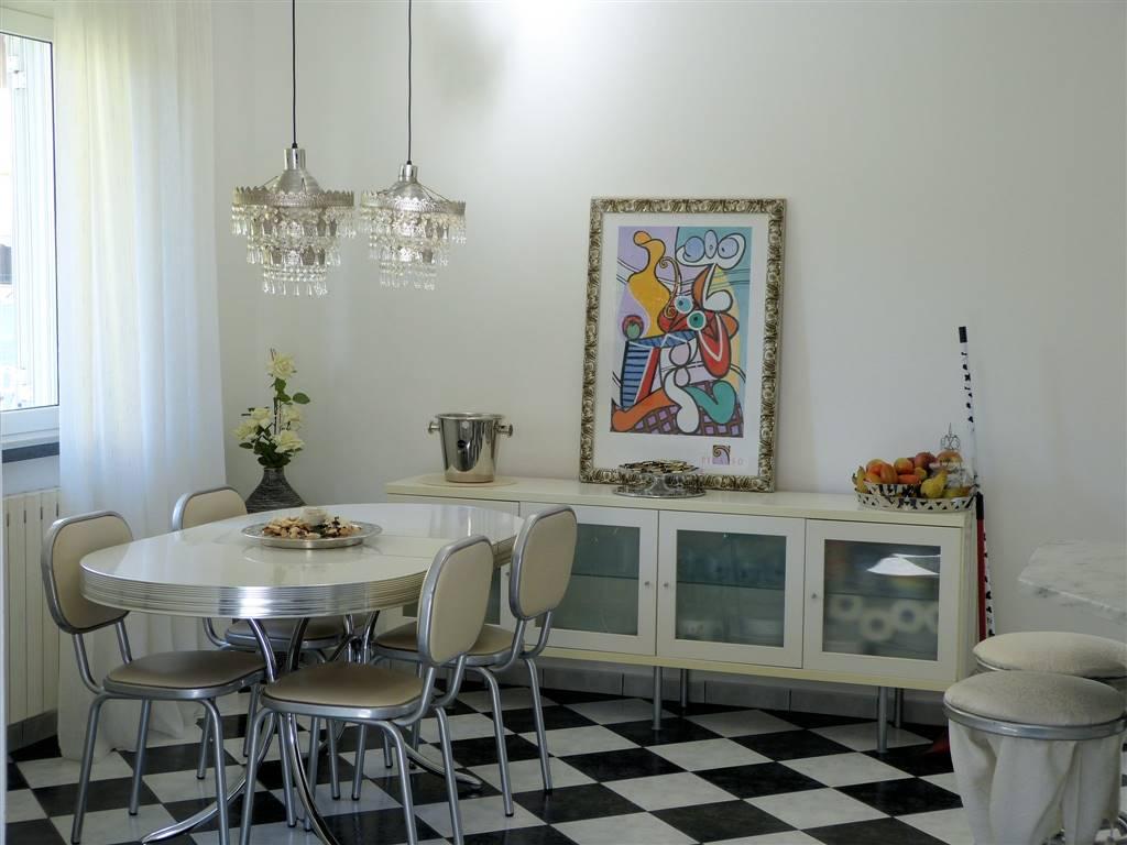 Villa, Bozzano, Massarosa, in ottime condizioni