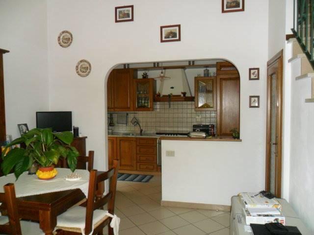 Villa a schiera, Torre Del Lago Puccini, Viareggio, ristrutturata