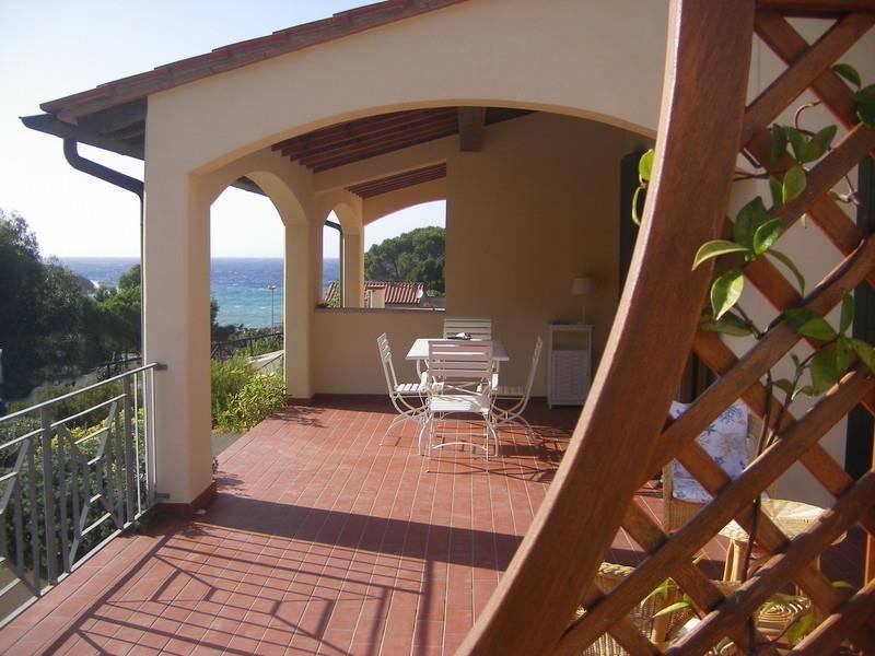 Villa a schiera, Nisporto, Rio Nell'elba, in ottime condizioni