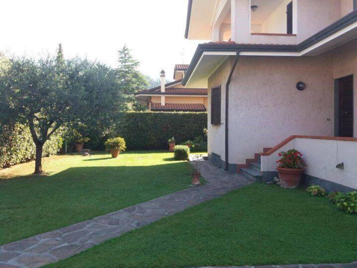 Villa, Piano Di Mommio, Massarosa, in ottime condizioni