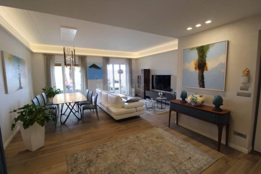 Appartamento in vendita a Ventimiglia, 5 locali, Trattative riservate | PortaleAgenzieImmobiliari.it