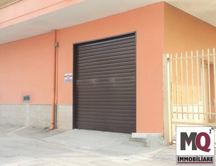 Laboratorio in vendita a Mondragone, 2 locali, prezzo € 68.000 | CambioCasa.it