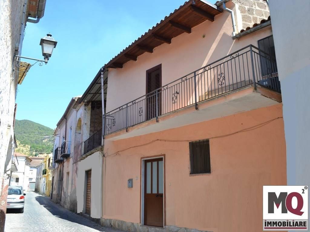 Casa singola, Falciano Del Massico, in ottime condizioni