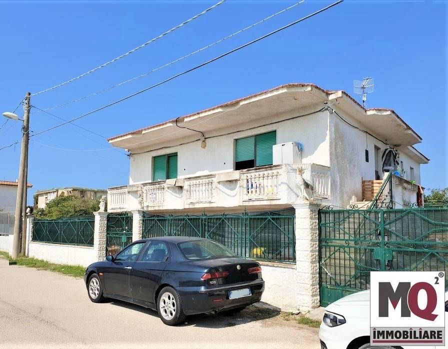 Villa in Pineta Riviera, Mondragone