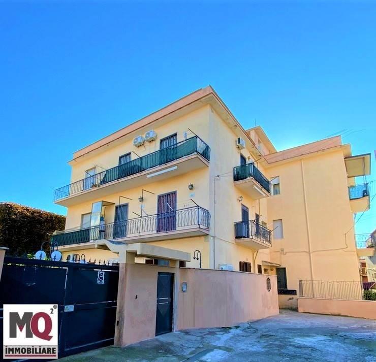 Appartamento in vendita a Mondragone, 2 locali, zona Zona: Zona Lido, prezzo € 55.000 | CambioCasa.it