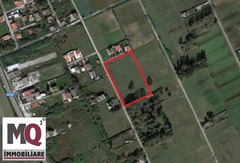 Terreno Agricolo in vendita a Mondragone, 9999 locali, prezzo € 20.000   CambioCasa.it