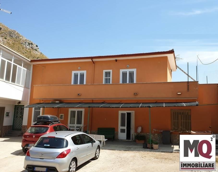 Soluzione Indipendente in vendita a Mondragone, 3 locali, zona Zona: Sant'Angelo, prezzo € 80.000 | CambioCasa.it