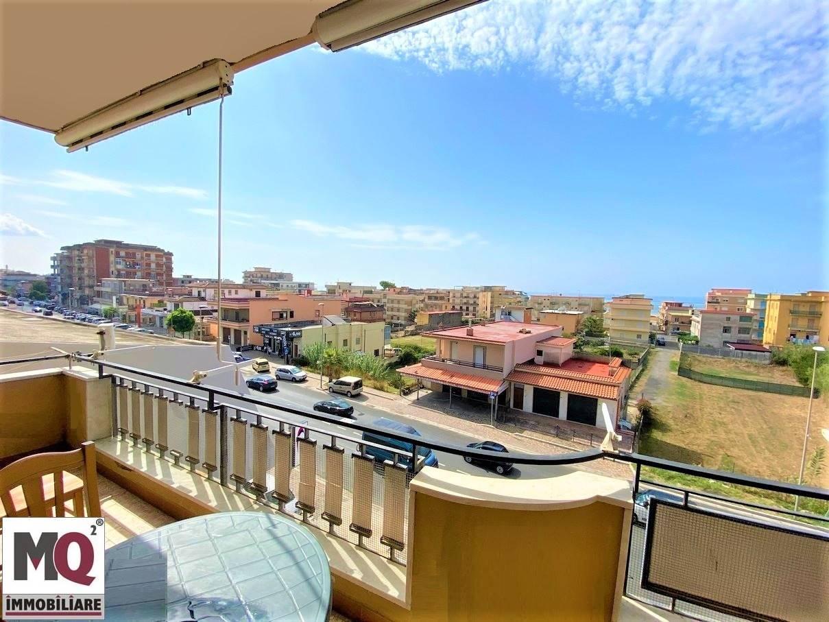 Appartamento in vendita a Mondragone, 3 locali, prezzo € 85.000 | CambioCasa.it