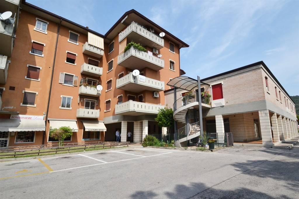 Appartamento in vendita a Brendola, 6 locali, prezzo € 55.000 | CambioCasa.it
