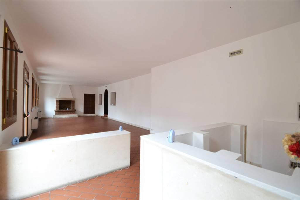 Immobile Commerciale in vendita a Brendola, 9999 locali, zona Zona: San Valentino, prezzo € 75.000   CambioCasa.it
