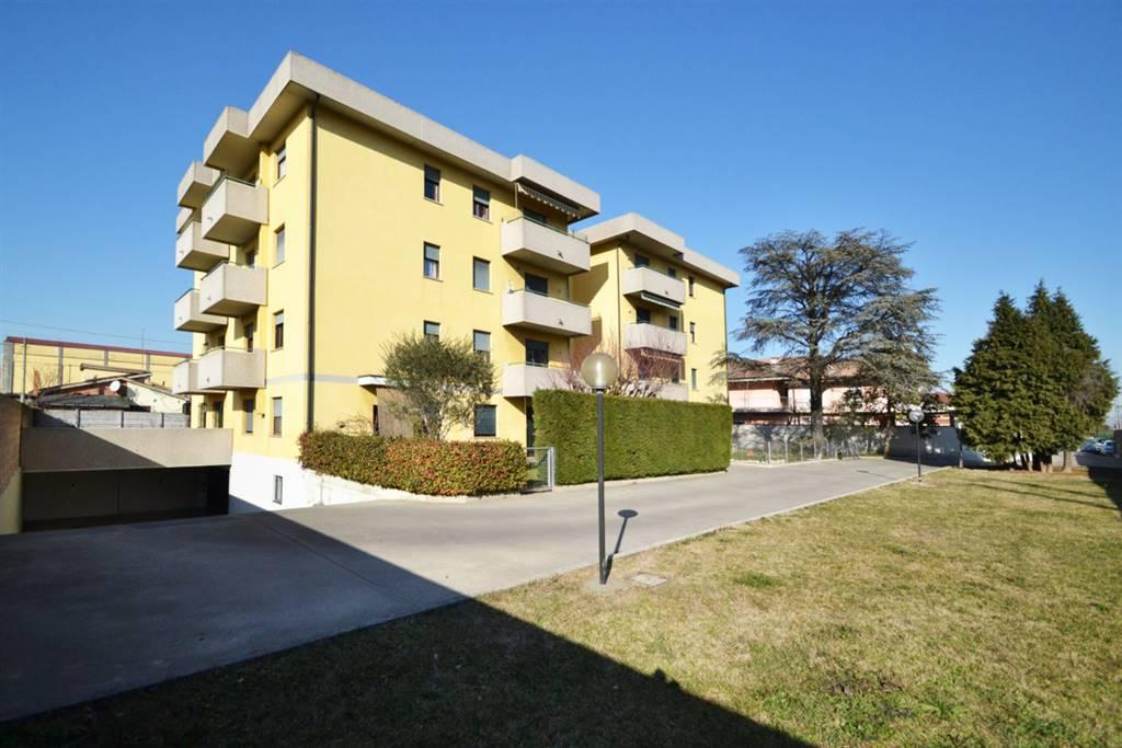 Appartamento in vendita a Montecchio Maggiore, 4 locali, prezzo € 90.000   CambioCasa.it