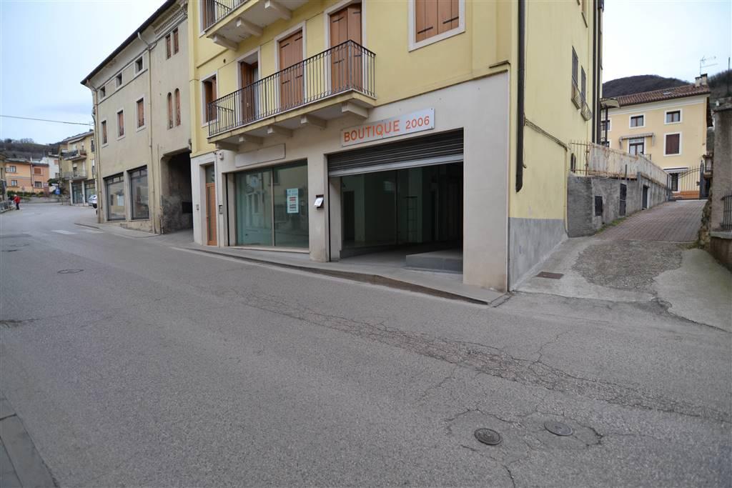 Negozio / Locale in Vendita a Cornedo Vicentino