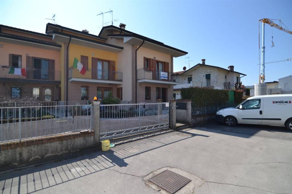 Villa a Schiera in vendita a Sovizzo, 6 locali, prezzo € 320.000 | CambioCasa.it