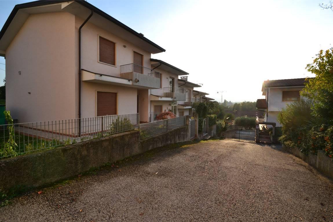 Soluzione Semindipendente in Vendita a Montecchio Maggiore