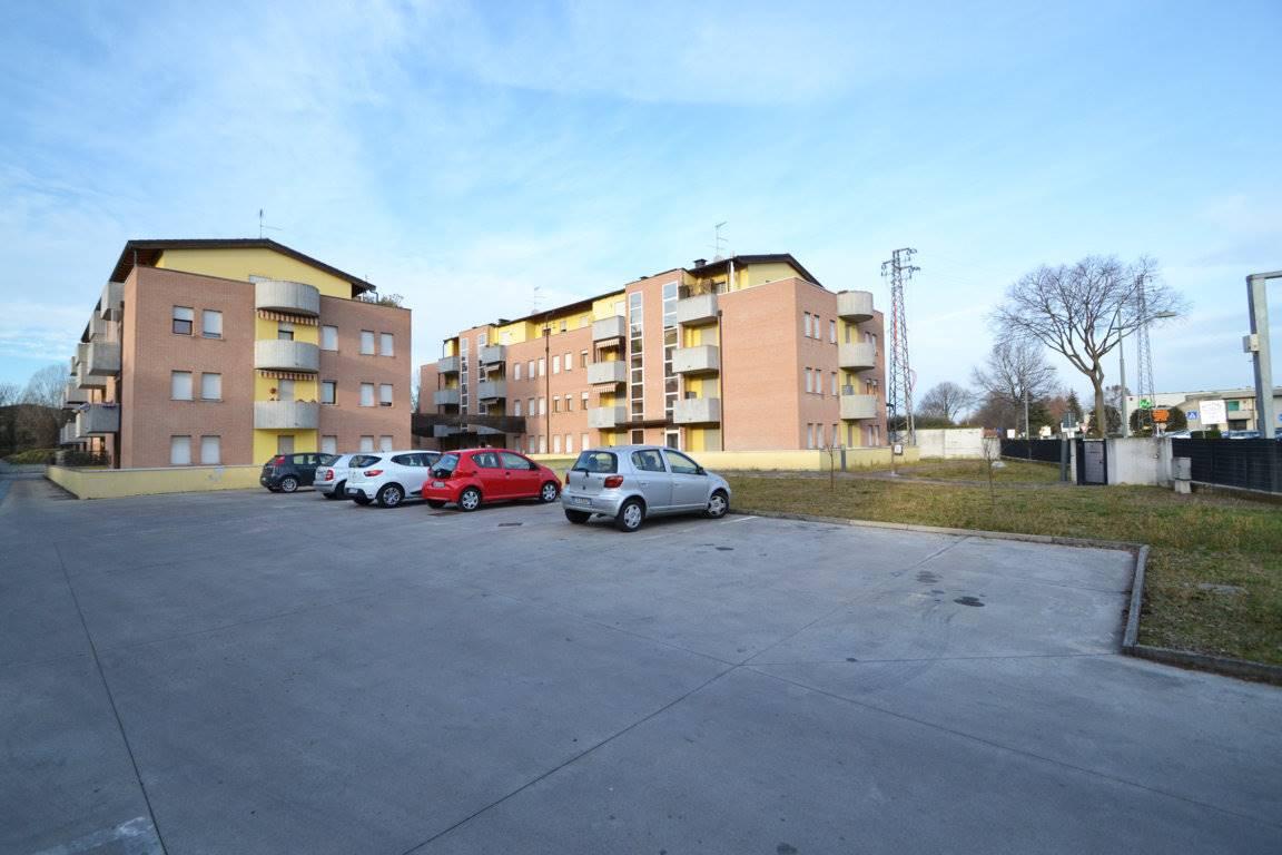 Appartamento in vendita a Altavilla Vicentina, 4 locali, prezzo € 99.000 | CambioCasa.it