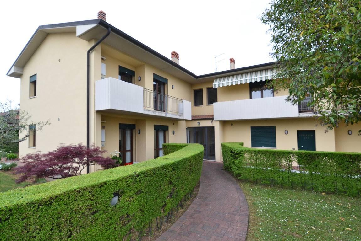 Appartamento in vendita a Trissino, 4 locali, prezzo € 115.000 | CambioCasa.it