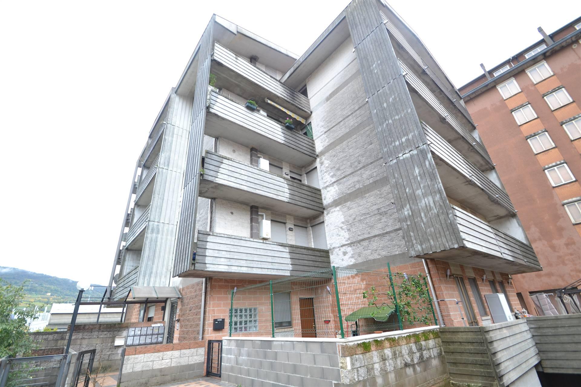 Appartamento in vendita a Montecchio Maggiore, 4 locali, zona Zona: Alte Ceccato, prezzo € 88.000 | CambioCasa.it
