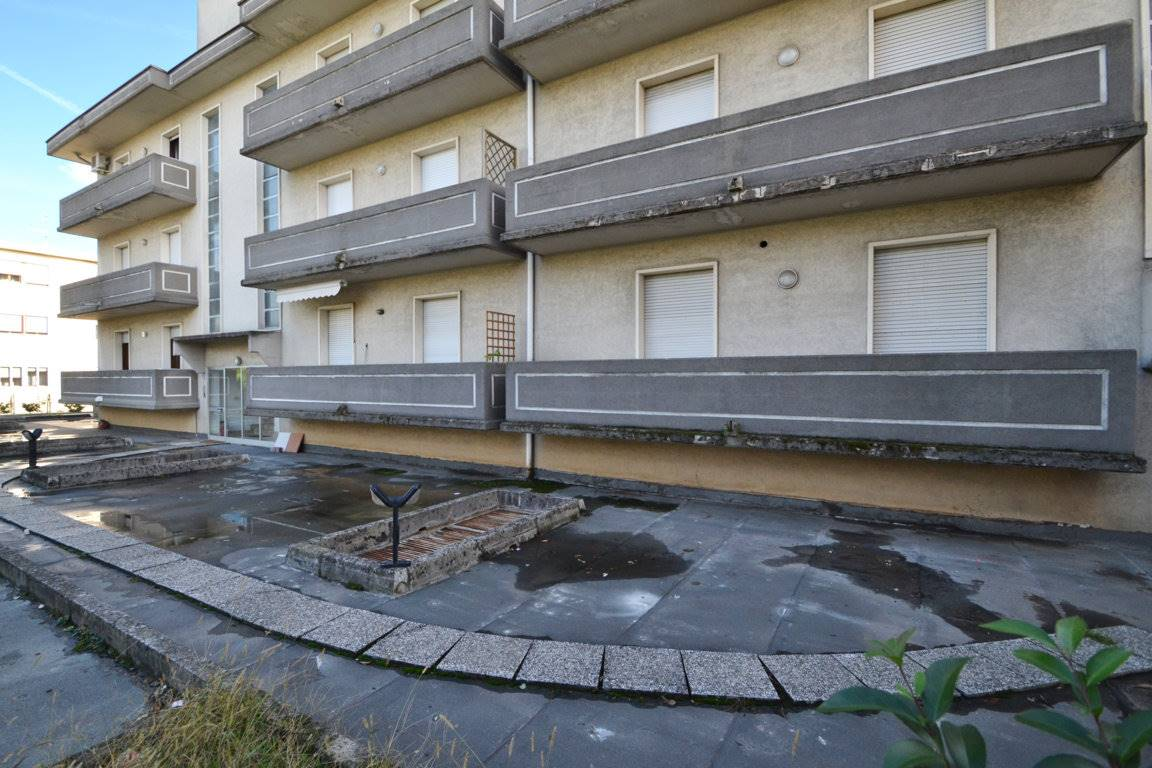 Appartamento in vendita a Montecchio Maggiore, 4 locali, prezzo € 80.000 | CambioCasa.it