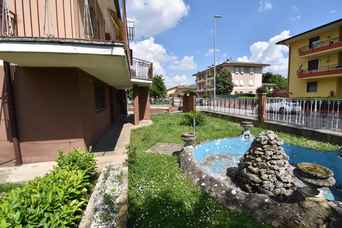 Soluzione Indipendente in vendita a Sovizzo, 13 locali, zona rnelle, prezzo € 270.000   PortaleAgenzieImmobiliari.it