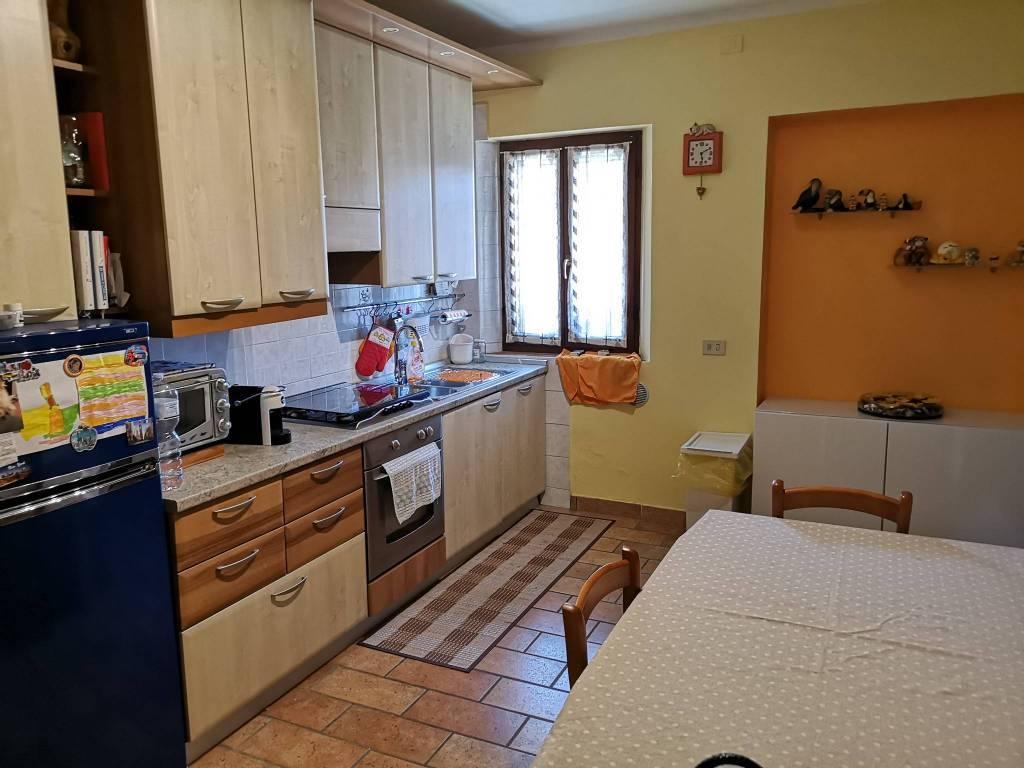 Villa, Casale, Mezzani