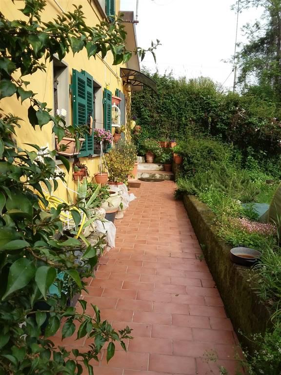 Casa singola, San Terenzo, Lerici, abitabile