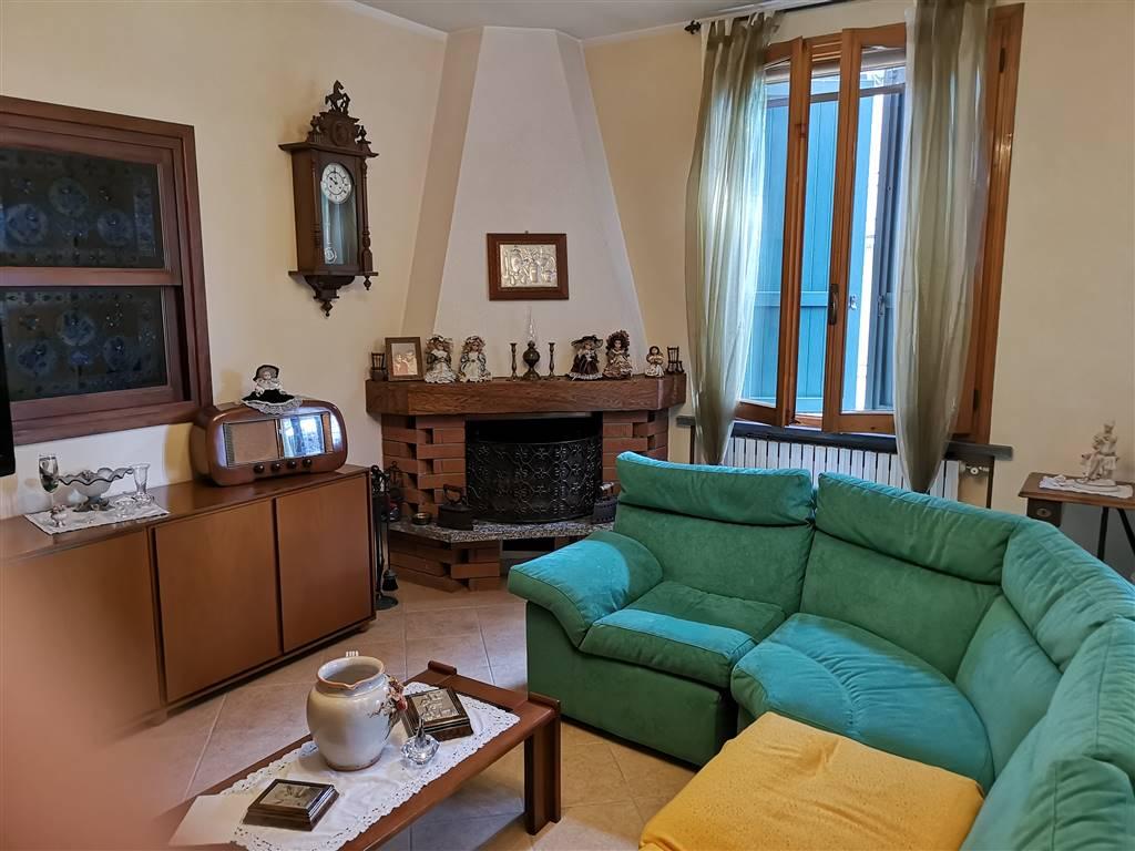 Villa, Montecchio Emilia, in ottime condizioni