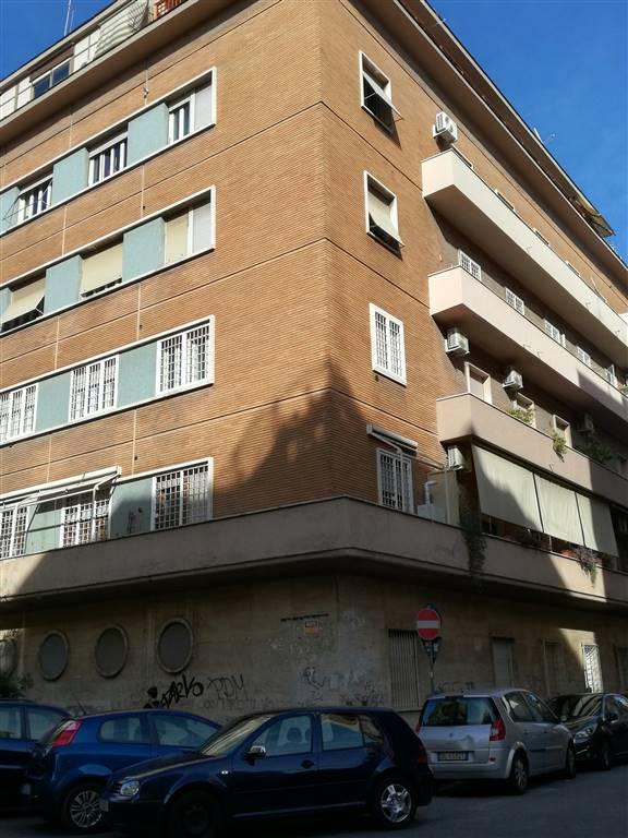 Quadrilocale in Via Giovanni Da Procida, Bologna, Nomentano, Roma