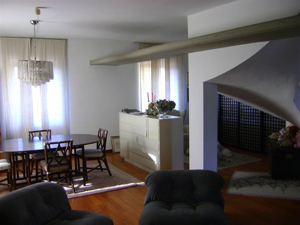 Villa, Ortonovo