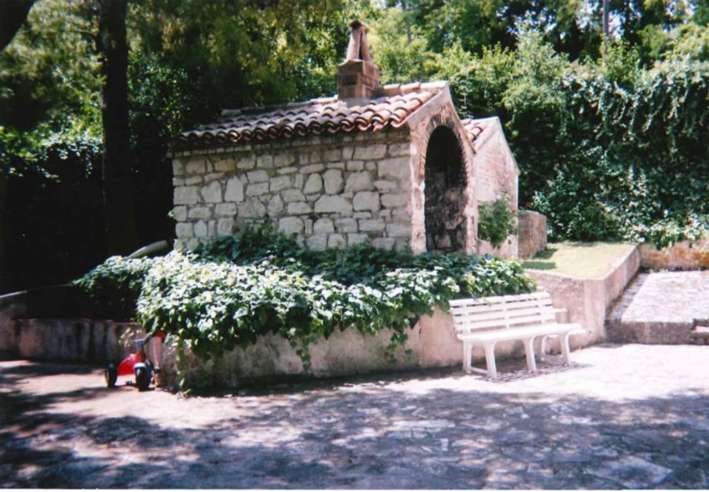 Villa, Sirolo
