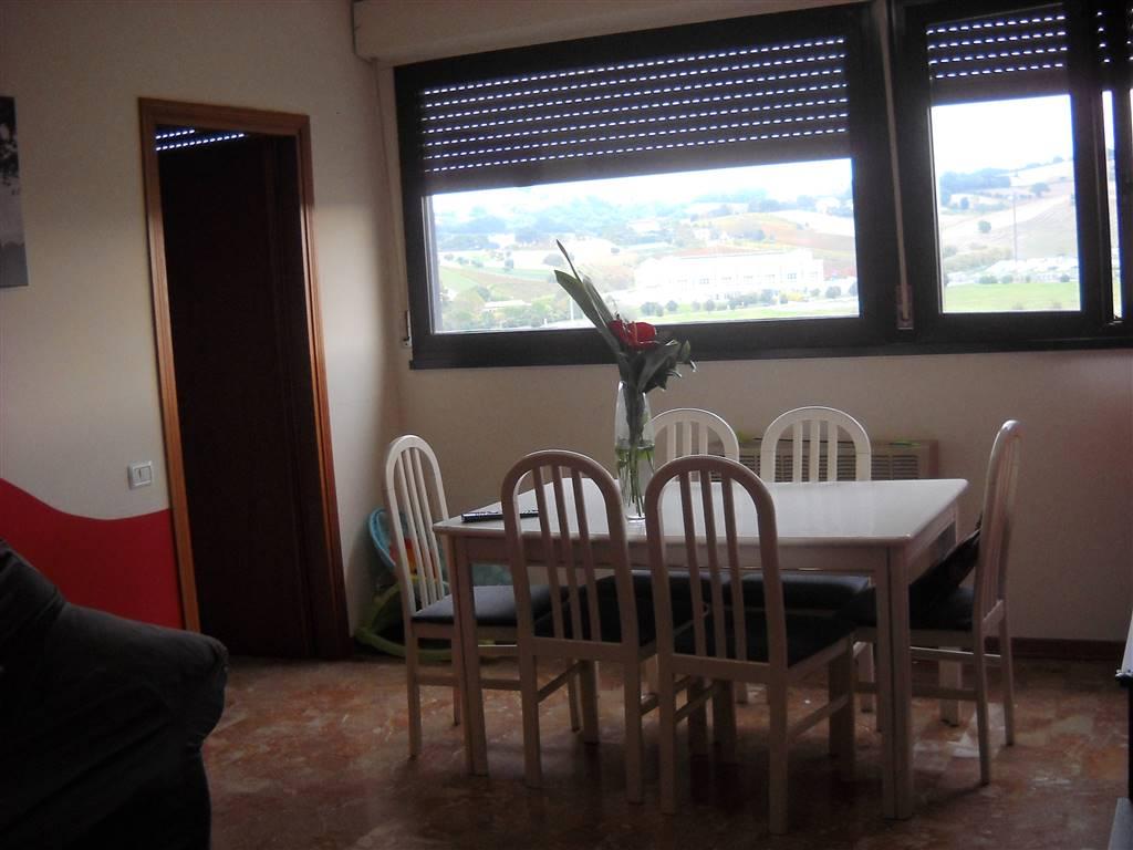 Appartamento indipendente, Q2,q3, Ancona, ristrutturato