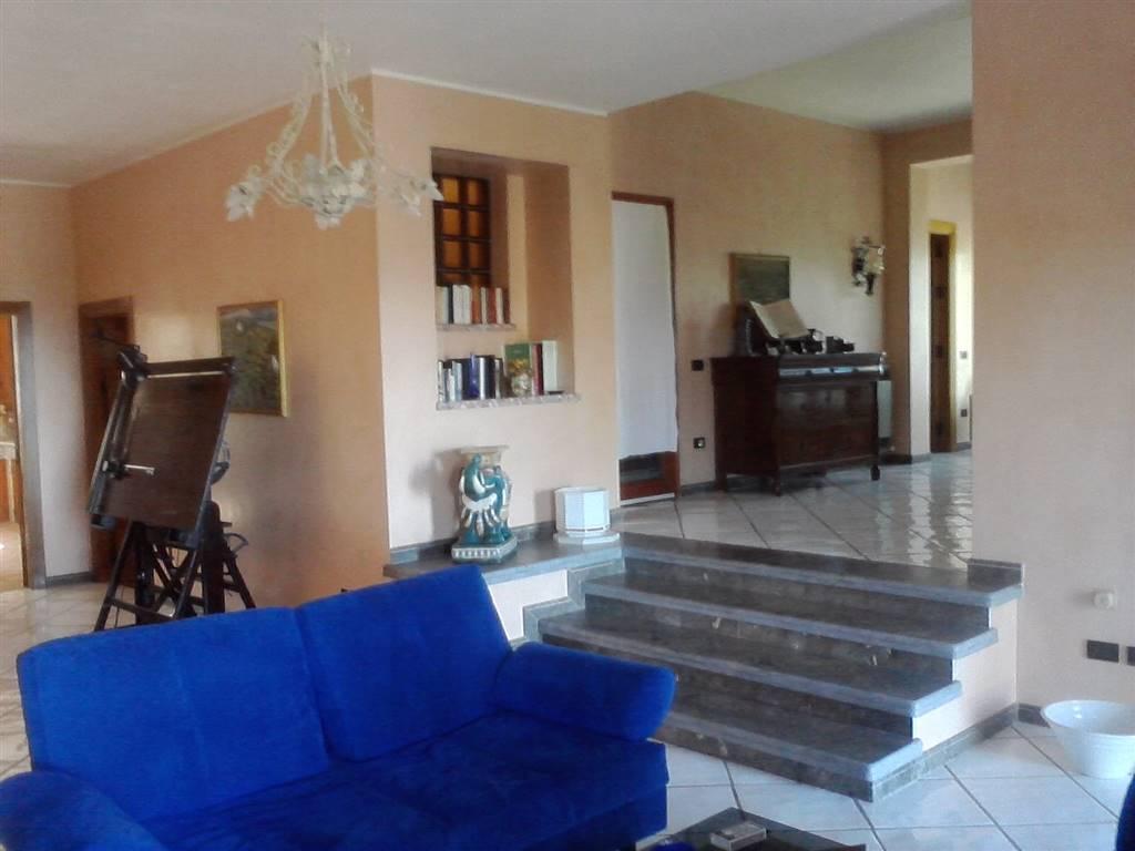 Villa, Santa Flavia, in ottime condizioni