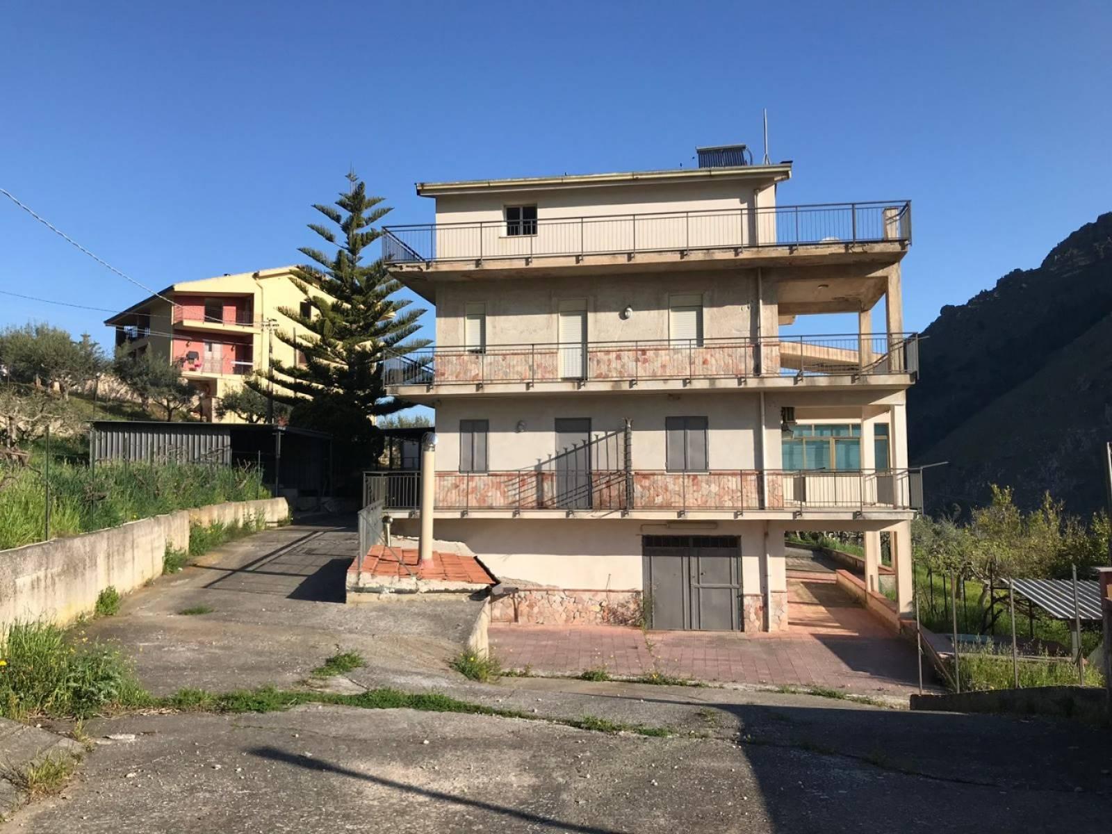 Appartamento in vendita a Altofonte, 3 locali, prezzo € 95.000 | CambioCasa.it