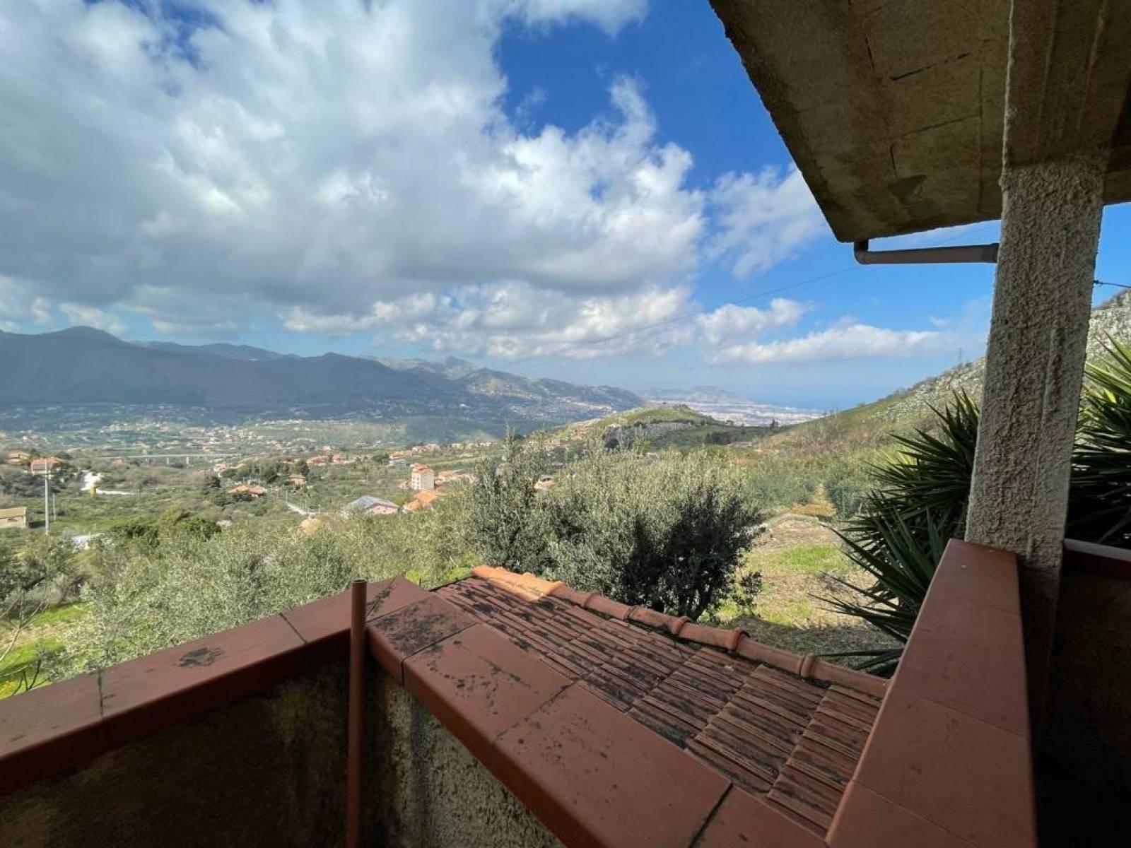 Villa in vendita a Altofonte, 4 locali, prezzo € 109.000 | CambioCasa.it
