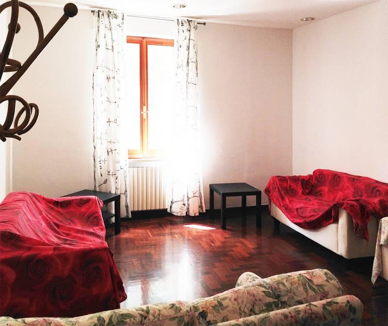 Appartamento in affitto a Ancona, 6 locali, zona Zona: Q. Adriatico , prezzo € 850 | CambioCasa.it