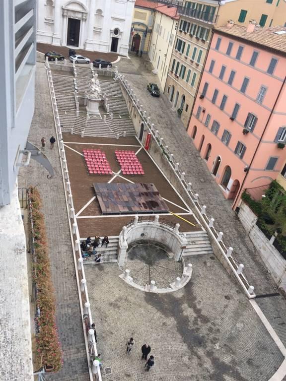 Attico / Mansarda in affitto a Ancona, 20 locali, zona Zona: Centro storico, Trattative riservate | CambioCasa.it