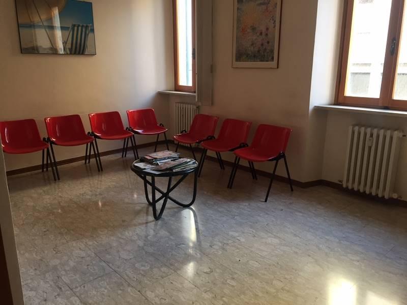 Appartamento in affitto a Ancona, 5 locali, zona Zona: Centro, prezzo € 800   CambioCasa.it