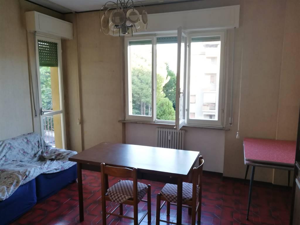 Appartamento in affitto a Ancona, 4 locali, zona Località: TAVERNELLE, prezzo € 450 | CambioCasa.it