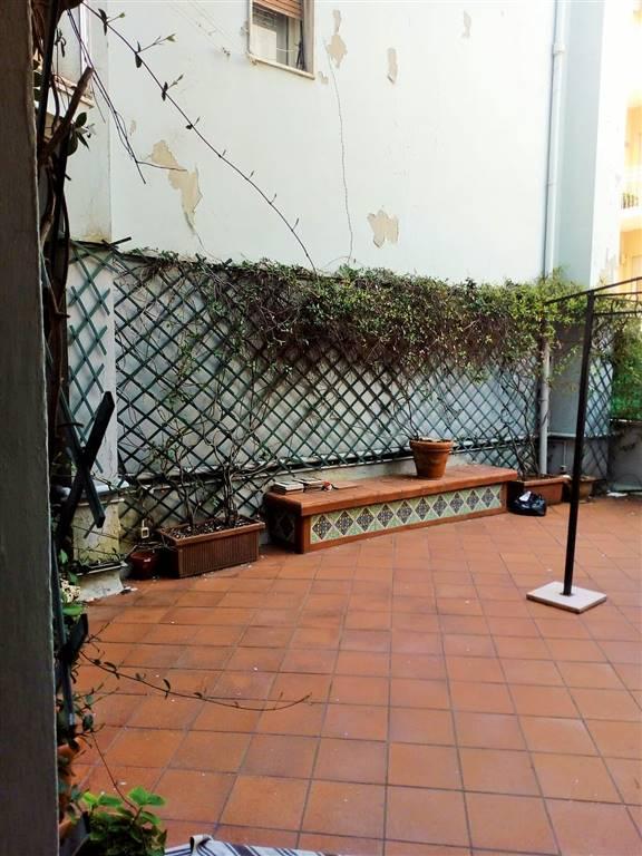 Appartamento in affitto a Ancona, 6 locali, zona Zona: Q. Adriatico , prezzo € 1.100   CambioCasa.it