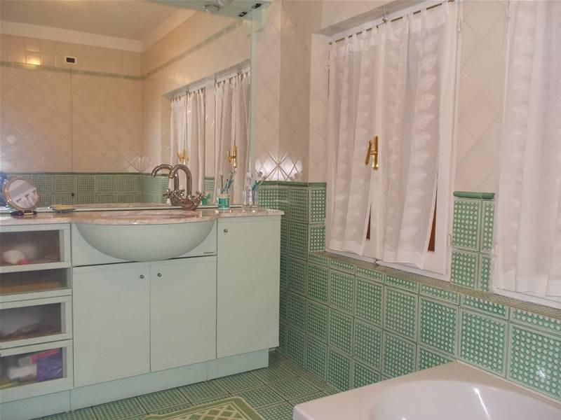 Foto bagno con vasca